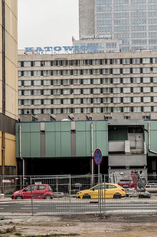 miasto Katowice, Śląsk. Spiętrzenie budynków.